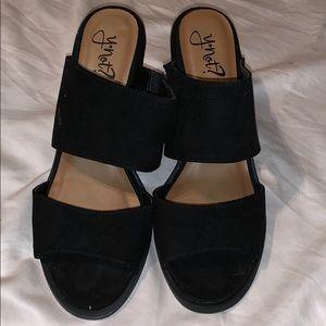 Shoes - Black sandal heels